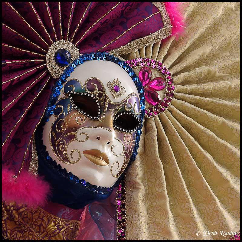 Carnaval vénitien d'annevoie 2012 Venitiens1