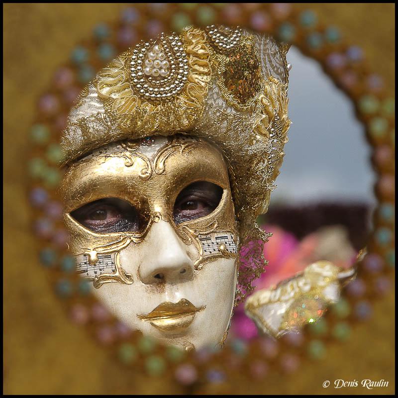 Carnaval vénitien d'annevoie 2012 Venitiens2